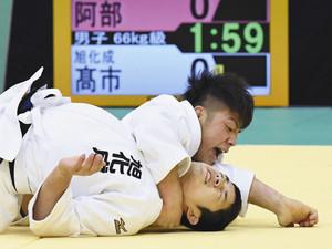 柔道 新ルールに課題多く 全日本体重別で適用、混乱も