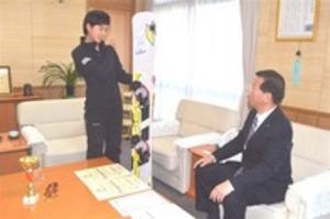 スノーボード 三木さん(掛川)決意 「北京五輪で金」