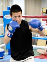ボクシング 神戸出身の小西、ミニマム級王座戦