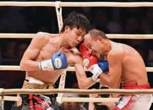 ボクシング・スーパーバンタム級、久保が新王者