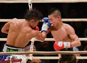 ボクシング日本ミニマム級、小西新王者 得意ボディーで逆転