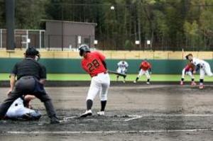 3大学が田辺で交流試合 女子硬式野球