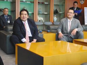 大相撲 二子山、振分親方が茨城県庁訪問 21日水戸場所