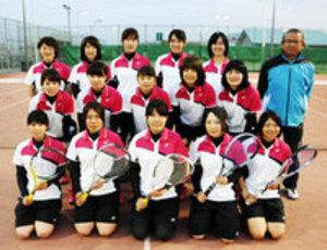 ソフトテニス 四国大の女子、有望選手入部して本格始動