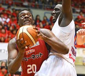 バスケB2熊本大一番、広島に先勝  2位に浮上