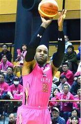 バスケB1秋田、北海道に競り勝つ 大館市でBリーグ
