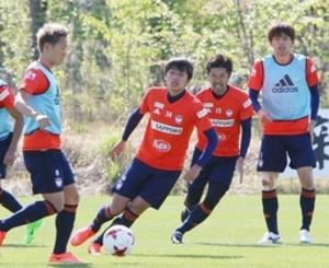 再建へチームの意識を再統一 J1新潟、聖籠でオフ明け練習