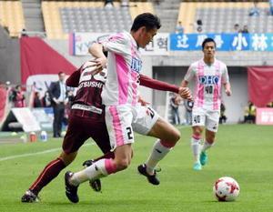 J1鳥栖、猛攻及ばず ルヴァン杯、神戸に0-1