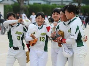 佐賀県中学女子ソフト 唐津一が25年ぶりV