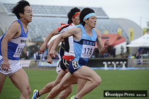 男子100m、村上・田中が同着優勝 青森県春季陸上