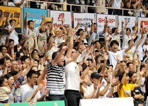 バスケB1琉球、劇的延長逆転劇 大歓声とどろく大阪戦