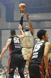 バスケB1琉球、CS進出 大阪に80―72