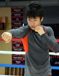 父譲りの拳、ボクシング世界戦初挑戦 Lフライ級・拳四朗