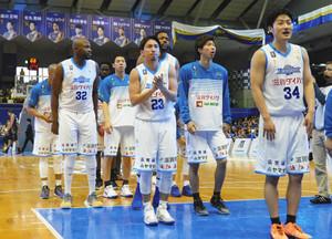 バスケBリーグ 滋賀、6連勝 攻めて三河を圧倒