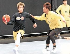 バスケBリーグ 仙台、石川とホワイト 爆発力に期待