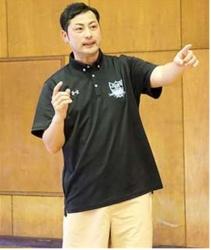能代出身・石井さん、上武大バスケ部を指揮
