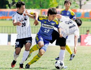 JFL・FC今治、三重と分け 互角以上でも遠いゴール