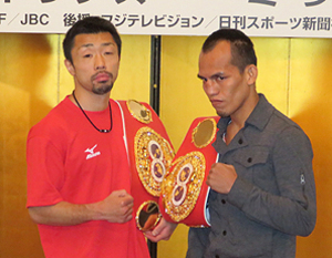八重樫「ドラマを用意」 ボクシング世界戦調印式