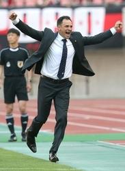 J1新潟・呂比須監督 笑顔の勝負師、夢の続きはここから