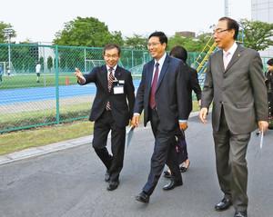 東京五輪 ミャンマー大使、鶴ケ島市を視察