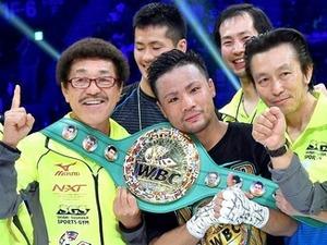 ボクシング 沖縄の翁長知事 比嘉への県民栄誉賞を検討