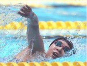予選含め大会新4 中国春季水泳