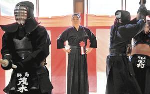 剣道 2000人が学ぶ 沼田の尚修館武藤道場で開設40周年式典