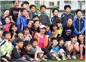 ゲストランナーが軽快トークショー 東根・さくらんぼマラソン