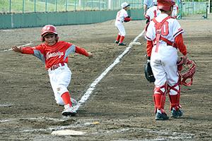 白球追い熱い戦い 全日本学童軟式野球岩手県予選開幕