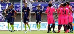 J1広島、守備混乱 鹿島に3-1