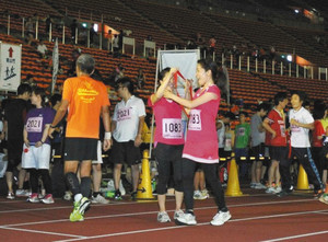 夜通しマラソン 町田で復活 旧国立競技場で4年前まで開催