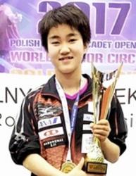 卓球 大藤沙月が国際大会で優勝  15歳以下女子単