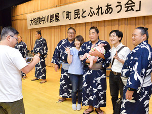 大相撲 町おこし 岐阜の笠松町が中川部屋を招待