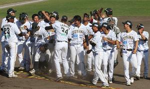 富山サンダーバーズ、野球BCリーグ西地区前期V