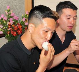 サッカー 小林祐希が山形県で大好きなコメの生産現場見学