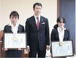 新潟県障害者スポーツ奨励賞 スノーボード2選手を表彰