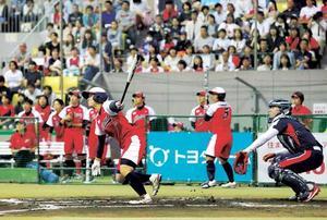 日米対抗ソフト開幕 東京五輪へ期待の声