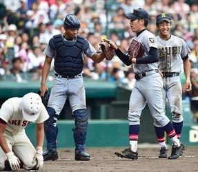 大学野球 甲子園準優勝の捕手 慶大の郡司 直面する試練