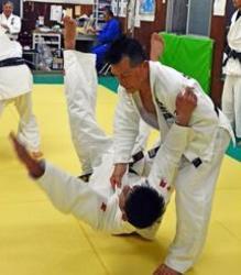 柔道 73歳の山口勲さん 7月の沖縄大会で勝利目指す