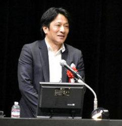 箱根駅伝3連覇の組織作り語る 青学・原監督が講演