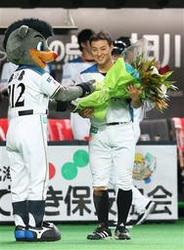 日本ハム 田中賢、通算200盗塁 皆さんに感謝