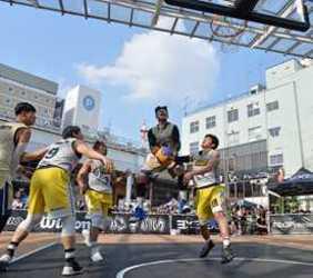 豪快プレーまちなか熱く 宇都宮で3人制バスケ