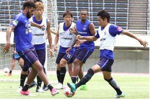 J1広島 体制刷新でアピール合戦 12日岐阜戦 天皇杯3回戦