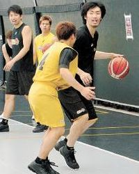 Bリーグ 仙台、新体制で初練習 新加入4人も合流
