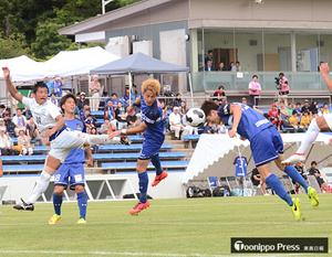 ラインメール青森快勝、3位浮上 サッカーJFL