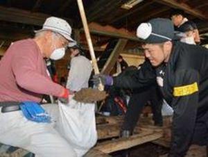Bリーグ 秋田の田口ら地元で水害片付けのボランティア