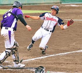 公徳会佐藤病院がV5 県社会人軟式野球大会