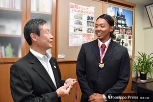 水泳 マスターズ選手権 弘前市出身の樋口遼が2冠