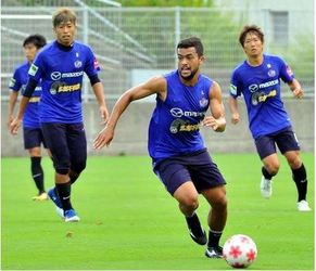 J1広島 総力戦 天皇杯横浜M戦、リーグ残留争いにも備える